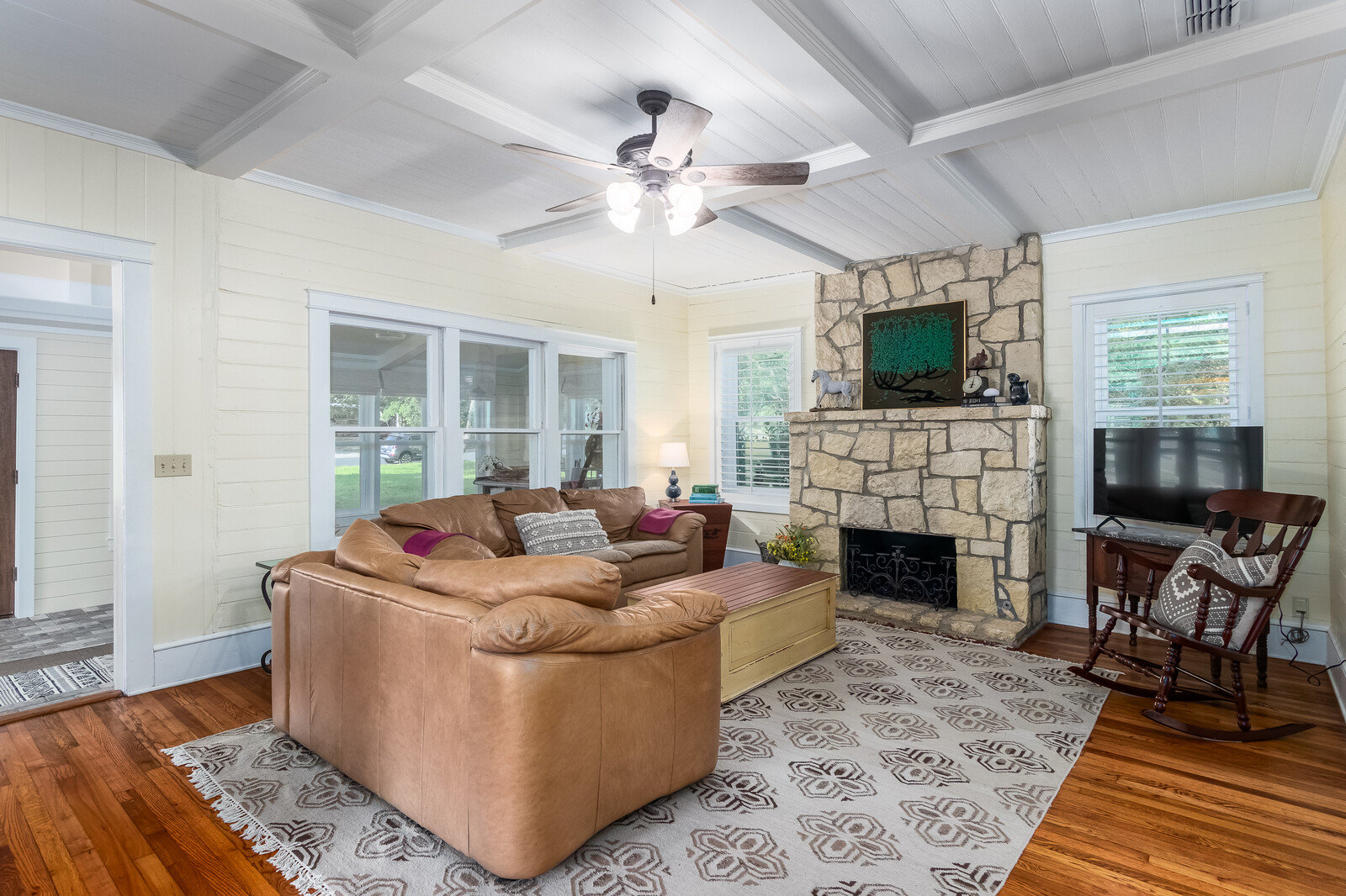 photo of interior of Front House at West Evergreen Retreat, Boerne, Texas